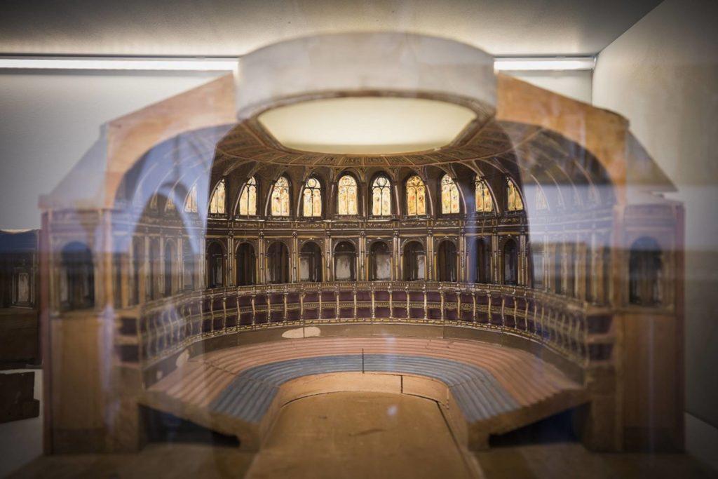 Cross section through the royal albert hall